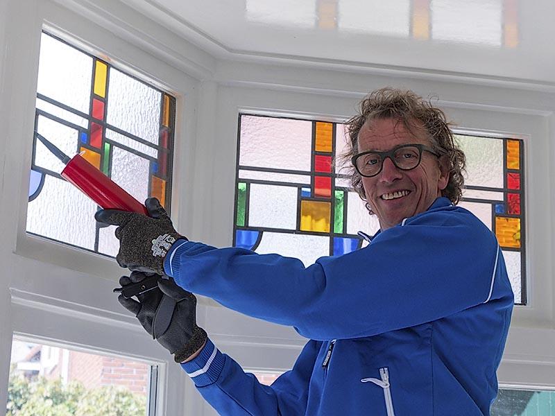 glasmeesters glaszetter groningen glas in lood reparatie · Glaszetter Haren